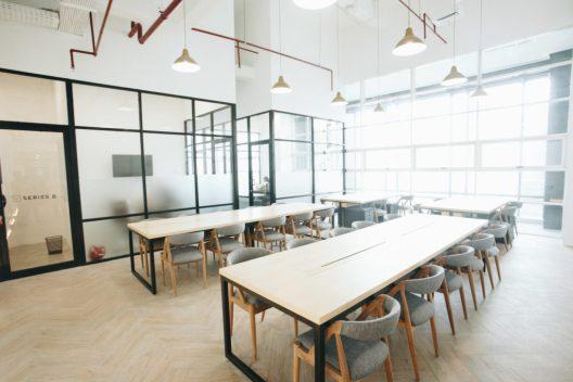 Hasil gambar untuk Menata Ruang Kerja Coworking Space Jakarta Dari Snapy